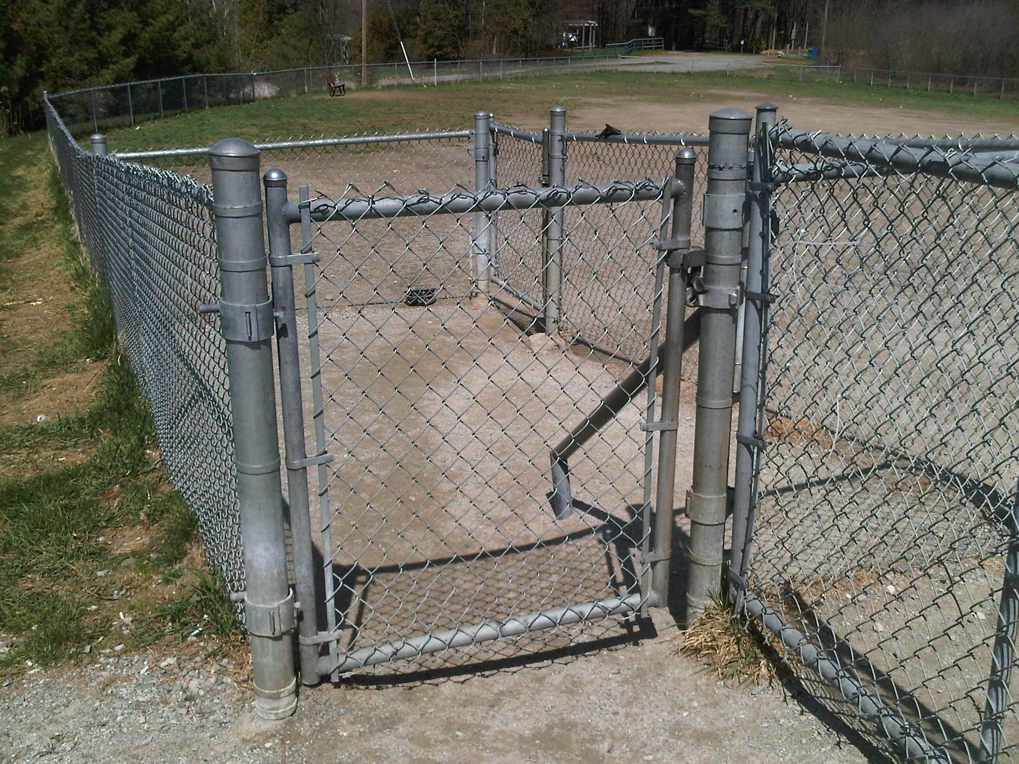 parc chien de la ville de sherbrooke le jardin des animaux